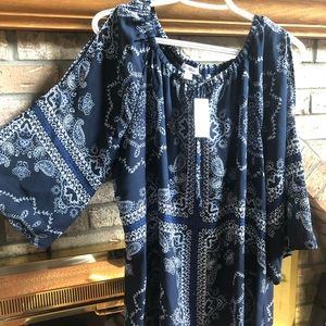 Open shoulder paisley shirt